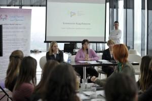 """Okrugli sto """"Učešće žena u nauci i tehnologiji - Uloga medija"""", 6. decembar 2012, Poslovni centar Ušće, Beograd"""